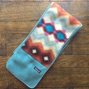 Patagonia Synchilla scarf / Timber Twist